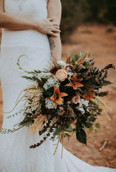 Wonderful Free Bridal Bouquet bohemian Popular Seeing that the single most vital and chic gadgets of your bride, a person's bridal bouquet echoes Cascading Bridal Bouquets, Bridal Bouquet Fall, Fall Bouquets, Fall Wedding Bouquets, Fall Wedding Flowers, Wedding Flower Arrangements, Bride Bouquets, Bridal Flowers, Flower Bouquet Wedding