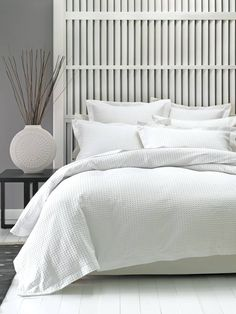 Timeless, soft and easy to launder, our Deluxe Waffle is made from a premium-quality cotton waffle weave. Both the quilt cover and pillowcases are finished with classic tai Duvet Bedding, Bedroom Sets, Home Bedroom, Small Bedroom Designs, Bedroom Inspirations, Duvet Cover Sets, Bedroom Layouts, Trendy Home, New Room