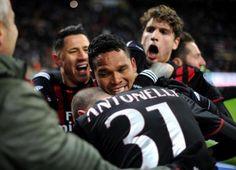 Sport: #Milan-Cagliari #1-0 #voti e pagelle: si sblocca Bacca sontuosi Locatelli e Di Gennaro male Alves (link: http://ift.tt/2jrF6fe )