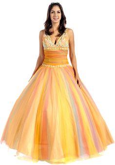 Vestido de quince inspirado en el arcoiris - Fifteen dress inspired by the rainbow