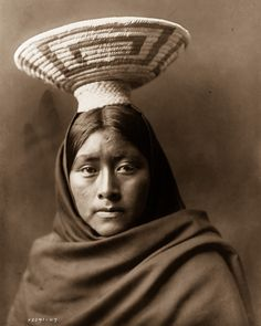 1907 - Luzi, of the Papago tribe. IMAGE: EDWARD S. CURTIS/LIBRARY OF CONGRESS