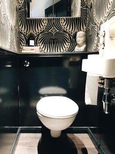 Downstairs Loo Makeover (II Downstairs Loo Makeover (II) - Mad About The House Toilet Room Decor, Small Toilet Room, Guest Toilet, Small Bathroom, Bathrooms, Wc Design, Toilet Design, Design Moderne, Interior Design