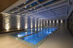 CASA A+C - PISCINA COBERTA Piscina Interior, Indoor Pools, Blinds, Swimming Pools, Pergola, Construction, Curtains, Studio, Luxury