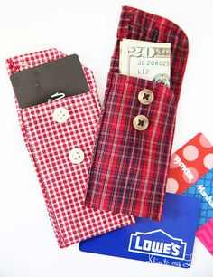 Happy Holidays: Recycled Shirt Cuff Pouch - Tatertots and Jello Fabric Crafts, Sewing Crafts, Sewing Projects, Diy Gifts For Christmas, Handmade Christmas, Recycled Shirts, Easy Handmade Gifts, Handmade Items, Memory Pillows