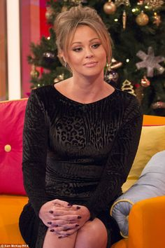 Kimberley Walsh she's a Perfect 10 she's got everything a guy could wish for she's stunningly beautiful and she's got amazing legs she's got a smokin hot bod she's simply sensational Nadine Coyle, Kimberley Walsh, Nicola Roberts, Cheryl Fernandez Versini, Amazing Legs, Girls Aloud, Cheryl Cole, Irish Girls, Perfect 10