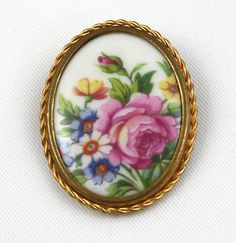beautiful brooch!!! about 2 inches!!!  signed Limoges, France