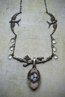 Saimba Spoon bird necklace by Sarah Fawcett - Her etsy store is http://www.etsy.com/shop/saimba