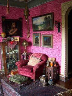 ~ artist Gail Potocki's living room
