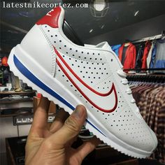 Special Nike Classic Cortez Punching Mens Sports Shoes Red White Blue Source by Shoes Zapatillas Nike Cortez, Nike Cortez Mens, Nike Cortez Shoes, Nike Cortez Leather, Nike Shoes Air Force, Nike Air, Comfortable Mens Dress Shoes, Nike Kicks, Nike Classic Cortez