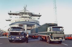 Old Lorries, Car Camper, Volvo Trucks, Busses, Retro Cars, Classic Trucks, Good Old, Cars And Motorcycles, Old School