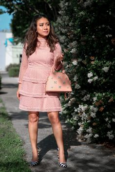 Blush pink lace dress www.jessicafashionnotes.com striped shoes, jewel bag, petite fashion