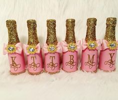 Thank you to the beautiful bride to be @nyepolar , it was a pleasure working with you on these invite bottles #kimbroughskreations #bridesmaids #brides #invitations #thankful #wedding #champagne #champagnebottles #pink #pinkngold #gold #glambottles #glamdecor