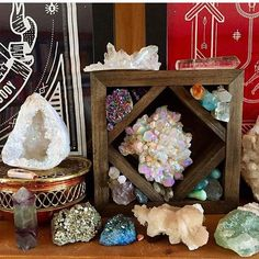 Loving this post from @aapahoehoe of her beautiful collection hanging out in one of my charging boxes. So pretty and peaceful. Tap for the tags of everyone represented in the picture ✌️ #lovewhatyoudo #jdrewsilvers #meditation #meditationbox #minerals #crystals #crystalshelves #crystalshelf #crystaldisplay #boho #bohochic #bohemian #metaphysical