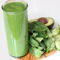 Sip on Leafy Greens With 6 Spinach-Filled Smoothies