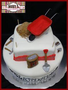 pastel de constructor Brick Mason, Sugar Bread, Pan Bread, Cakes For Men, Cake Designs, Fathers Day, Cake Decorating, Goodies, Birthday Cake
