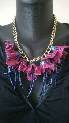 Colier lant cu flori diferite culori (40 LEI la aidreamate.breslo.ro) Handmade, Jewelry, Fashion, Moda, Hand Made, Jewlery, Jewerly, Fashion Styles, Schmuck