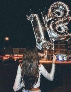 Trendy birthday photoshoot with friends Ideas - - Trendy birthday photoshoot with friends Ideas Trendy Geburtstag Fotoshooting mit Freunden Ideen