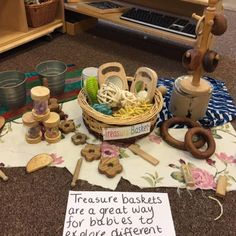 Learning to play the natural way - the benefits of natural resources Baby Nursery Furniture, Baby Nursery Themes, Nursery Activities, Learning Tower, Ways Of Learning, Baby Room Ideas Early Years, Treasure Basket, Mud Kitchen, Wooden Alphabet