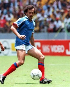 French midfielder Michel Platini ties the score at 1 during the World Cup quarterfinal soccer match between France and Brazil 21 June 1986 i. Michel Platini, Nfl, Soccer Match, World Cup, Brazil, Kicks, Football, Running, Classic