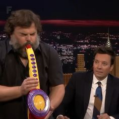 Humor Discover Jack Black, the cool Uncle. Funny Short Videos, Funny Video Memes, Crazy Funny Memes, Really Funny Memes, Stupid Funny Memes, Funny Relatable Memes, Haha Funny, Funny Cute, Funny Stuff