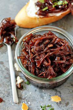 A simple, small batch recipe for onion chutney.