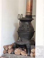 The Paper Mulberry: The Sublime Chateau de Moissac Wood Stove Heater, 1920s Home Decor, Paper Mulberry, Vintage Stoves, Antique Stove, Stove Fireplace, Wood Burner, Cottage Interiors, Vintage Farmhouse