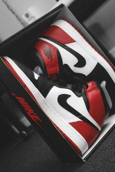 New sneakers mens nike air jordans ideas Nike Air Jordans, Sneakers Nike Jordan, Air Jordan Shoes, Sneakers Sale, Men's Sneakers, Retro Jordans, Yellow Sneakers, Running Sneakers, Girl Jordans