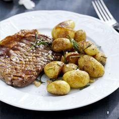Small Jacket Potatoes with Rosemary