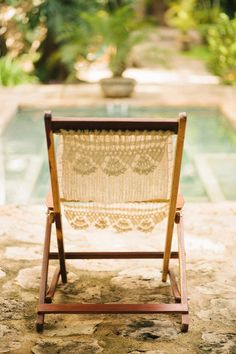 Pretty crochet deck chair, cute! #summer