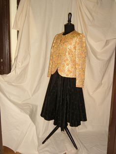 Black SKIRT  with Velvet Dots 1950 - Brocade JACKET with Metallic Dots 1960 / Gonna Nera con Pois di Velluto  1950 - Giacca in Broccato con Pois Metallici 1960