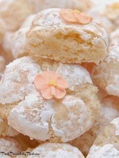 Pink Piccadilly Pastries: Fabulous Italian Amaretti add almond or lemon flavor