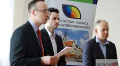"""30 #czeskich przedsiębiorców przyjechało dziś z wizytą do #Świdnicy. Jej celem jest zacieśnienie współpracy czesko -polskiej w ramach projektu """"Miasta Trutnov i Świdnica wspierają przedsiębiorców."""" Więcej: www.regionfakty.pl"""
