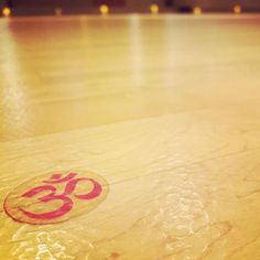 I spend a lot of time staring at this sticker on the floor to stay focused during my yoga practice @soulhotyoga. This was especially helpful during the floor series in Steph's Power Flow this morning. Success! #myworkout #totalbody #yycyoga #namaste #sixfootcanasian #6FCA #yyc