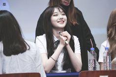 Roa Pristin smile South Korean Girls, Korean Girl Groups, Pristin Roa, Kim Min Kyung, Pledis Girlz, Pledis Entertainment, Ioi, Smile, Fashion