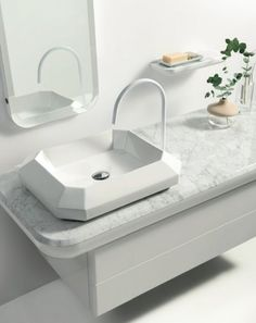 faceted sink and marble