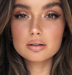 #Maquiagemfesta #maquiagemperfeita #maquiagemprofissional #make #maquiagem Natural Makeup For Brown Eyes, Makeup Looks For Brown Eyes, Simple Makeup Looks, Natural Makeup Looks, Natural Bridal Makeup, Make Up Brown Eyes, Makup Looks, Natural Makeup For Blondes, Day Makeup Looks