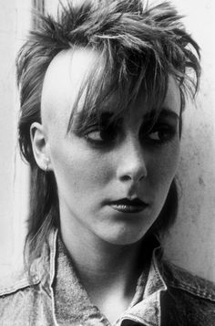 A FEMALE PUNK WITH A MOHICAN, 1980 – TED POLHEMUS