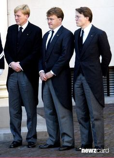 The three sons of Prince Claus of The Netherlands, (R to L) Prince Constantijn, Prince Johan Friso and Crown Prince Willem Alexander watch the coffin containing their father on arrival at Noordeinde Palace where he will lie in state October 8, 2002 in The Hague, The Netherlands. The 76-year-old prince, husband to Queen Beatrix, died October 6, 2002 after a long battle with Parkinson's disease and pneumonia. The funeral will be held in Delft October 15, 2002. (Photo by Michel Porro/Getty…