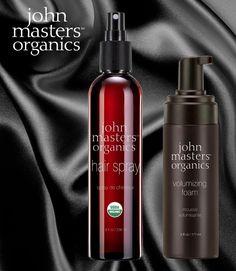Che prodotti, ragazzi! Con i nuovissimi styling John Masters Organics l'Estate sarà ancora più bella: volumizzanti, idratanti, protettivi, leggeri e tutti e due (come sempre) senza ingredienti di sintesi. Da mettere in borsa o nello zaino da spiaggia, subito :-)