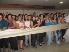 Todas listas para entrar y correr por el vestido de sus sueños en esta segunda carrera de novias 2011. Gracias por el apoyo @specialty cleaners.mx