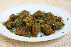 I am not a person who likes Bitter gourd or karela. But when you find that your family likes this vegetable, you will have find different ways to make this frequently. Hubby dear and Athamma Indian Vegetarian Dishes, Vegetarian Recipes, Cooking Recipes, Veg Curry, Vegetable Curry, Andhra Recipes, Indian Food Recipes, Curry Recipes, Vegetable Recipes