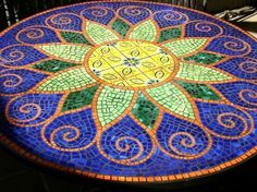Wholesale mosaic dining and patio tables, stained glass mosaic tables, mexican tile tables Mosaic Tile Art, Mosaic Crafts, Mosaic Projects, Mosaic Glass, Stained Glass, Glass Art, Mosaic Ideas, Mosaic Designs, Mosaic Patterns