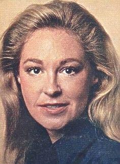 Early 1970s Joansie. Looking so sweet, as always ♥