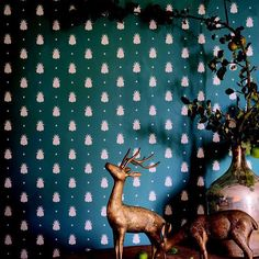 """""""Did you know our #Bumblebee wallpaper is now available in #InchyraBlue and #Peignior? #FarrowandBall #NewColours2016"""""""