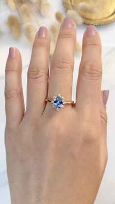 Saphire Ring, Sapphire Wedding Rings, Vintage Sapphire Engagement Rings, Blue Sapphire Rings, Blue Rings, Cute Engagement Rings, Gemstone Engagement Rings, Gemstone Rings, Cute Promise Rings