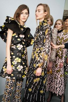 hauteccouture:  Giambattista Valli Fall 2015 Ready-to-Wear
