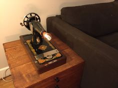 Great Steampunk lamp from 19th century Singer sewing door StudioDvB