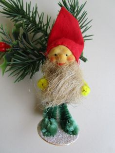 VINTAGE RARE PINECONE ELF/GNOME BEARD&CHENILLE ARMS&LEGS PUTZ BASE XMAS DECOR Vintage Christmas, Christmas Holidays, Christmas Crafts, Christmas Classics, Christmas Ornaments, Christmas Ideas, Gnome, Chenille, Elves And Fairies