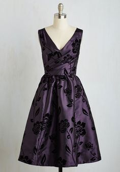Posh at the Party Dress in Plum. You'll be the most glamorous guest at the soiree when you step out of the car in this floral fit and flare! #purple #modcloth