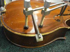 Rental Violin Crack Repair | Joel Smith Music Violin Art, Cello, Violin Repair, Cigar Box Guitar, Guitar Building, Diy Tools, Science And Nature, Ukulele, Musical Instruments